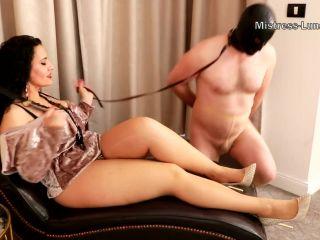 Female Supremacy – Mistress Luna – Oral servitude through nylons