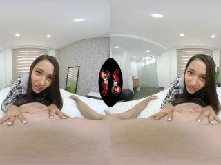 Laying With Lia – Lia Ponce