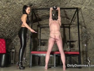 Canning – Dirty Dommes – Ripped by My rubber cane – Fetish Liza