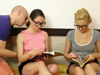 Real Twin Sisters - Tessa Fantasies - Freezing 4 twins and having fun ...