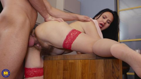 Isadora - A hairy old and young sexdate that turns into hard anal sex (1080p)