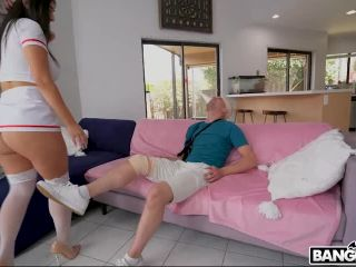 Bros – Violet Myers Where The Fuck is my Nurse