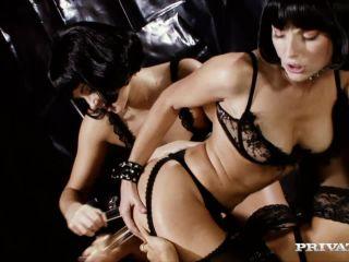 Lena Cova Suzie Carina and Zoe L Fox Lesbian Anal Sex with Dildos