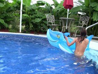 Ashley Sinclair - Candid Pool Time Ashley Sinclair