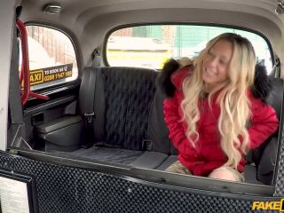 FakeHub – FakeTaxi presents Jennifer Amilton – The double cumshot taxi driver –