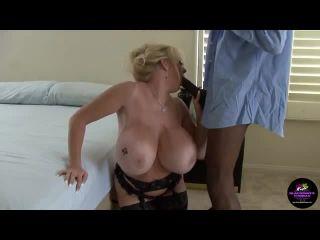 Kayla Kleevage - BBW Interracial anal creampie delight