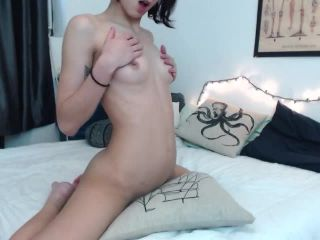 Watch me grind and ride my pillow in different positions until I cum