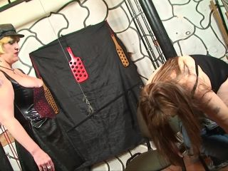 BRUTAL BDSM LATEX SEX WIT BBW FEM MASTER