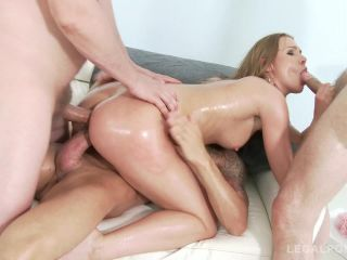 Alexis Crystal - Horny slut Alexis Crystal oiled up for some double pe ...