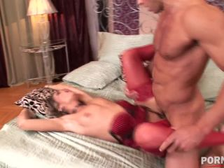 Federica Hill deeply fucked and gets her horny pussy filled with hot c ...