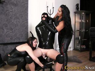 Goddess Alexandra Snow, Mistress Ezada Sinn – Wrapped in Black