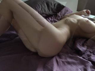i Tease And Slap Myself To Get a Strong Orgasm - Mini Diva