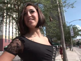 Downtown Diva Flashes Her Titties And Pussy In Public