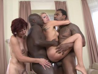 Brittany Bardot , Lara Red (Two hot matures fuck black guys)