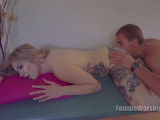 Femaleworship - Deep Ass Massage [UltraHD/4K 2160P] - Screenshot 4