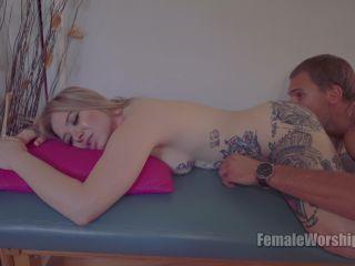 Femaleworship - Deep Ass Massage [UltraHD/4K 2160P] - Screenshot 6