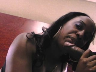 Big ass ebony babe gets spitroasted in a threesome