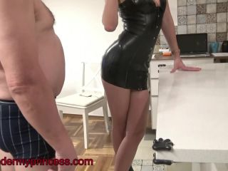 Online – Under my princess – Shona River burp and spit again second cam version