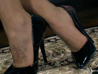 Jbvideo – CALLIE CALYPSO – FOOT TEASE