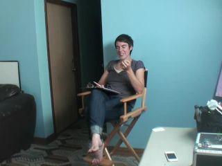 Renee behind the scenes