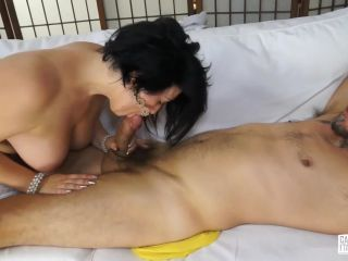 Omar Galanti fucks chubby brunette during Italian casting tape