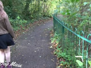 Miss Deep Misia aka maskbj in 32 Cumming in my Panties and Pull them up in the Park