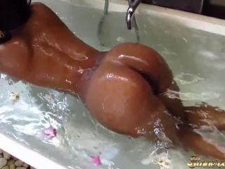 Kiki Minaj INSANE TINDER DATE - Choke Me, Slap Me, Make ME CUM!