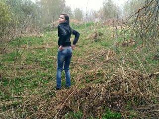 Public Nude Walk Blowjob ¦ Hot Babe Deepthroat Laruna Mave