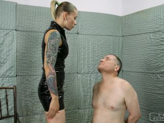 Female Domination – CRUEL PUNISHMENTS – SEVERE FEMDOM – Red marks on his face – Mistress Anette