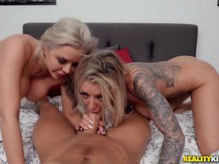 Online video Nina Elle, Karma RX - The Swap lesbian