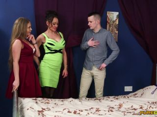 Purecfnm –  Alessandra Jane, Vickie Powell  – Three In A Bed