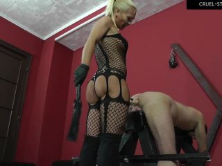 CRUEL MISTRESSES  Fucked and beaten. Starring Lady Gitta [Anal, Anus, Ass, Pegging, Strap-On, Strap on, k2s.cc]