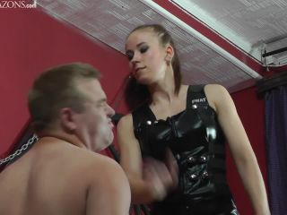 Face Slapping – CRUEL MISTRESSES – HD Chanels Starring Mistress Anette