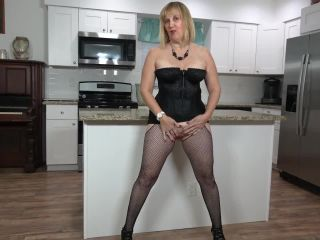 Rebecca - Older Woman Fun - 05 HD