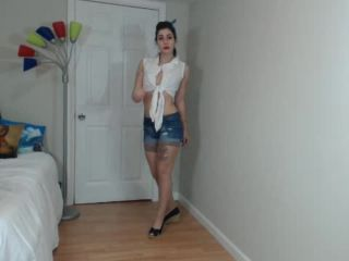 ManyVids presents Holothewisewulf in pinup strip tease
