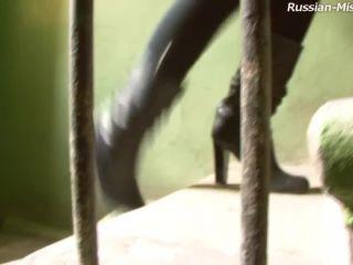 sian mistress femdom slave foot worship