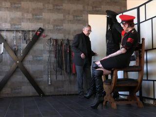 Jayla Mistress – FEMDOM-POV-CLIPS – An Initial Whipping – Miss Jayla And Mistress Medina