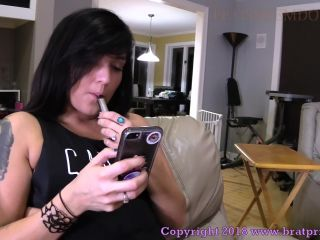 Porn online Face Sitting – Brat Princess 2 – Mariah – Facesits Chastity slave while Vaping