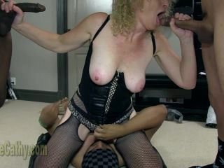 Tell Your Fellow Members What You Think Of This Scene