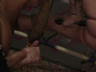 Dmitry osten had a rough anal tied up with tyler jenkins