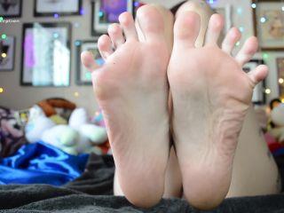 Oily Feets