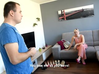 Soles Licking – Czech Soles – Rich snoby wife shoe worship
