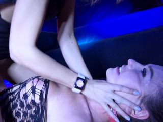 Salón Erótico de Barcelona 2018 Francys Belle and Nataly Gold are doing a fetish lesbian show