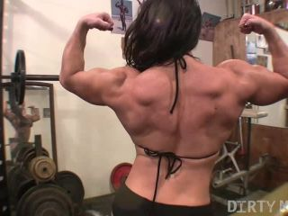BrandiMae - She Stops Her Workout To Play With Herself. You Don't Mind, Right?