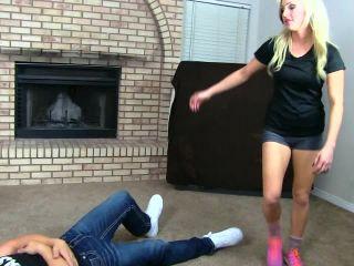 Mixed Wrestling – HD FEMDOM SUPERSTORE – Cameron Dee 1 – beatdown