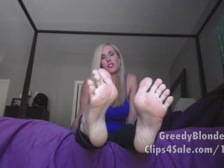 Toes pointing – Princess Lyne – In Deep for My feet