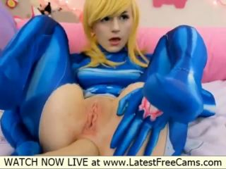 Cosplay girl loves to shove large dildos up her ass