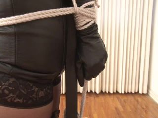 Tara videos: bondage, latex and other kinky fetishes