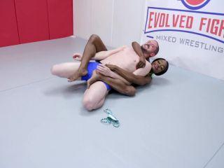 Evolved Fights – Kelli Provocateur vs Fluffy