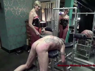 Mistress Modesty Delivering Caning Kisses [HD 810P] - Screenshot 3